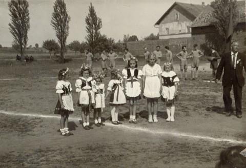 Struznice_his_slavnost1950_4