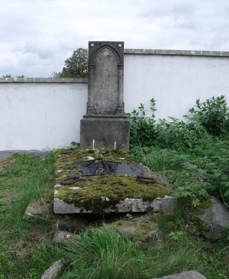 hrbitov024