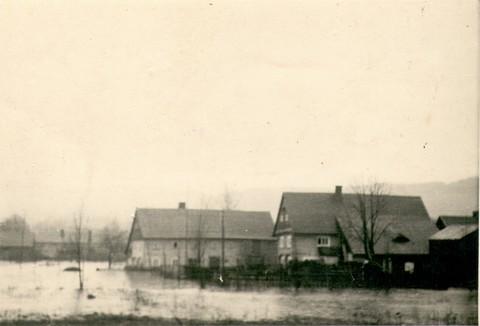 povoden1947001